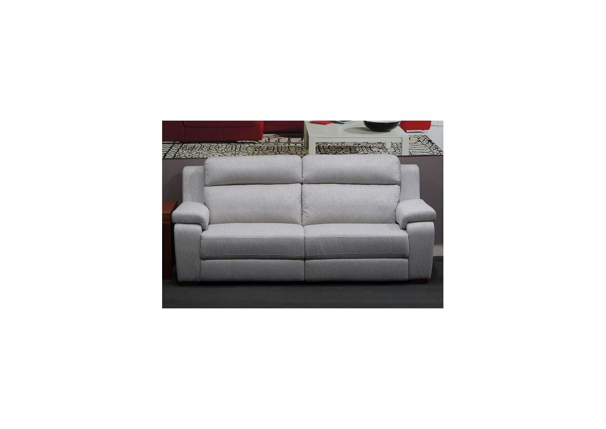 sofa-tres-plazas-gris-claro-torino